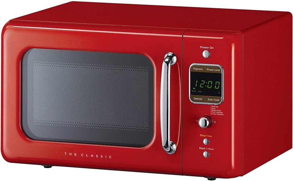 An image of the WINIA retro red microwave oven